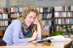Should College Students Have Credit Cards?